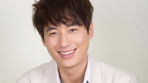 Lee Ji Hoon (1979)