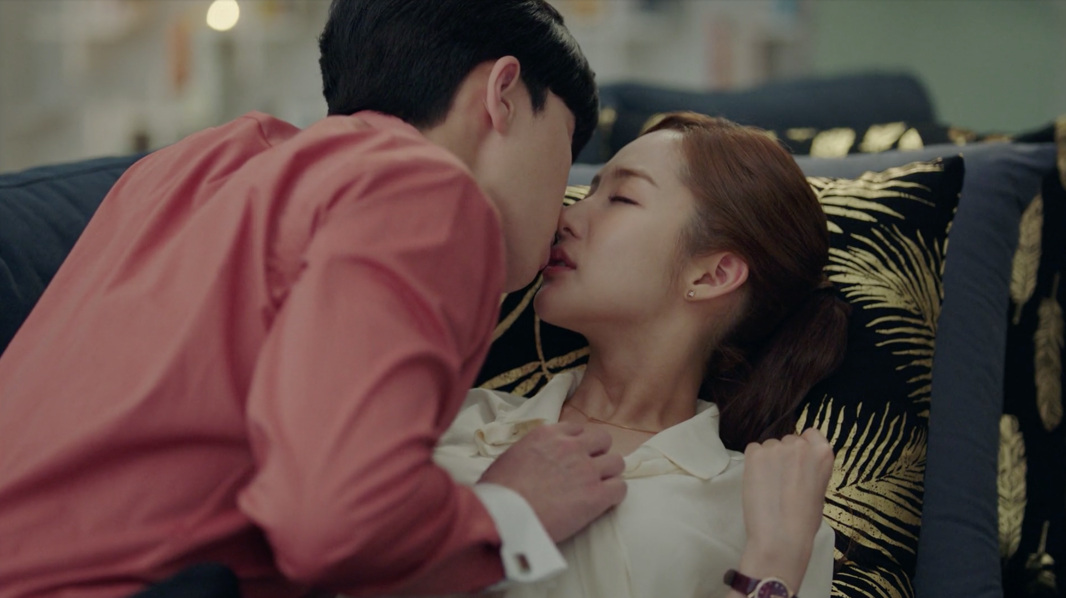 What's Wrong With Secretary Kim Episode 12