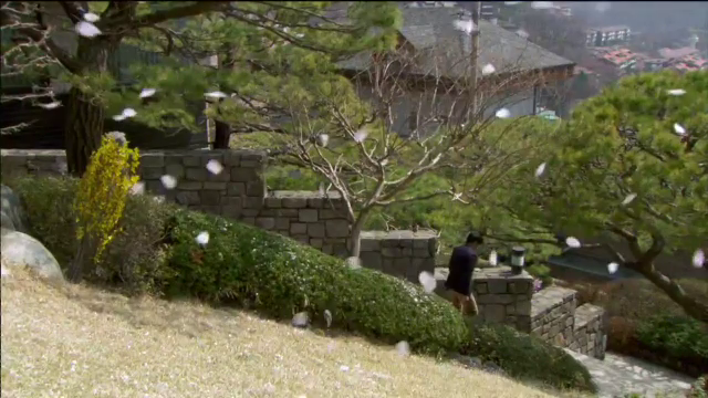 Rooftop Prince Episode 9