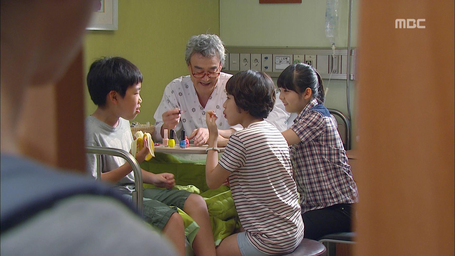 The Queen's Classroom Episode 9