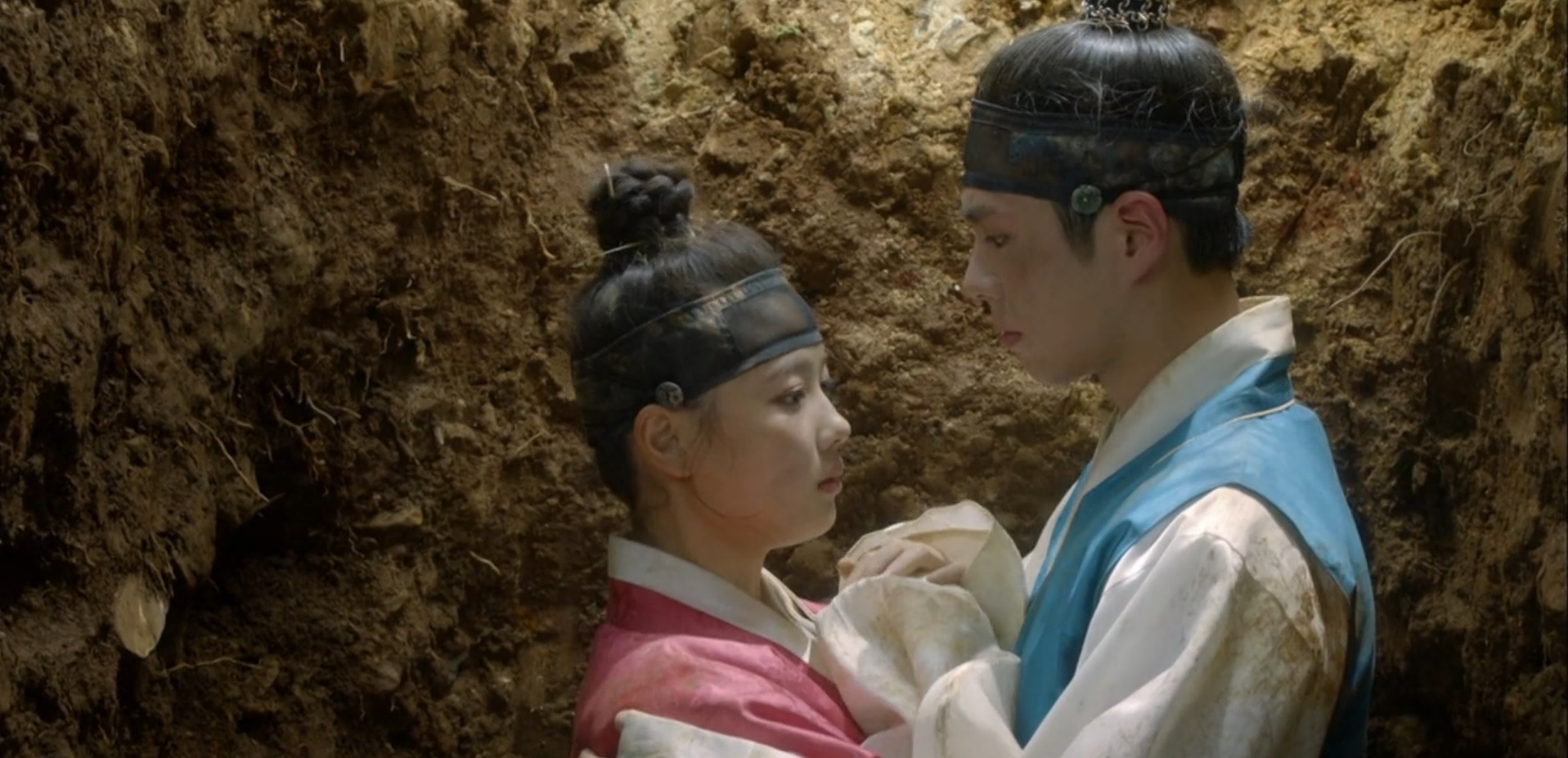 Moonlight Drawn by Clouds Episode 1